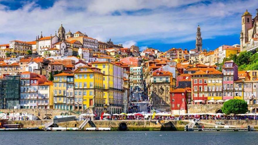 Paysage de la ville de Porto, dans laquelle se trouve l'un des bâtiments démonstrateurs du projet Ener'pat