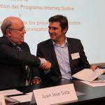 Juan José Sota Vierdon et Jean-Marc Vayssouze-Faure signant l'accord d'octroi FEDERl'accord